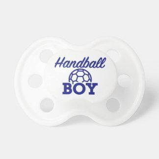 ハンドボールの男の子 おしゃぶり