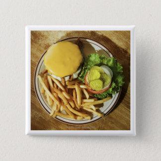 ハンバーガーおよびフライドポテト 缶バッジ