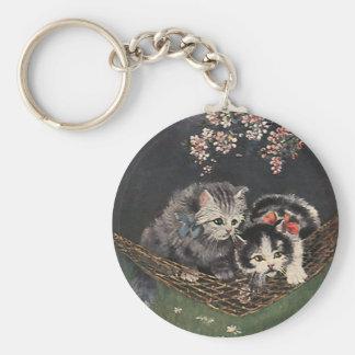 ハンモックのヴィンテージ動物、虎猫猫または子ネコ キーホルダー