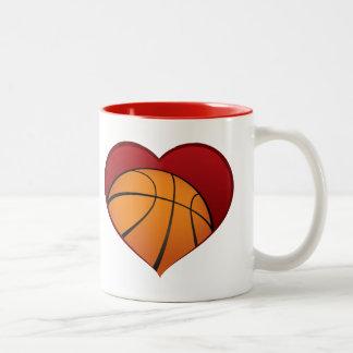 ハートのツートーンマグの中のバスケットボール ツートーンマグカップ
