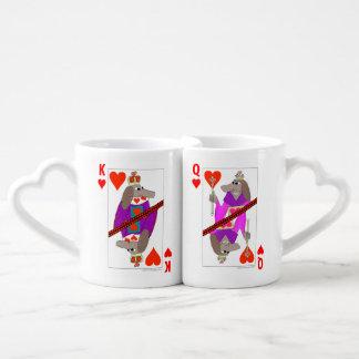 ハートのトランプの犬王そして女王 ペアカップ