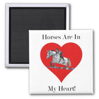 ハートのハンターかジャンパーの馬 マグネット