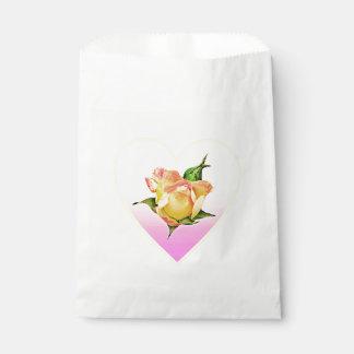 ハートのモモのバラのつぼみ フェイバーバッグ