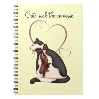ハートの写真を持つ子猫猫 ノートブック