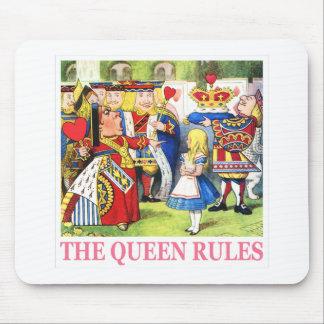 """ハートの女王は、""""女王の規則言います! """" マウスパッド"""