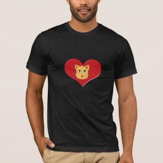 ハートの形のTシャツを持つ猫 Tシャツ