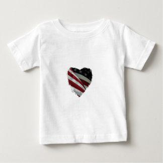 ハートの旗 ベビーTシャツ