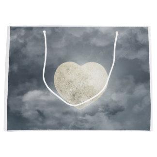 ハートは月のギフトを好みます ラージペーパーバッグ