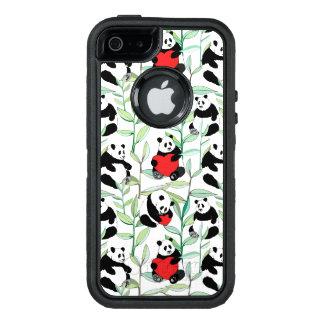 ハートを持つ美しいパンダが付いているパターン オッターボックスディフェンダーiPhoneケース