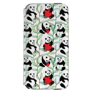 ハートを持つ美しいパンダが付いているパターン INCIPIO WATSON™ iPhone 5 財布型ケース