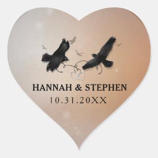 ハートを結婚しているハートを持つハロウィンのワタリガラス ハートシール