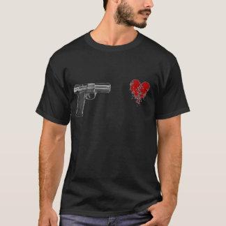 ハート中撃たれる Tシャツ