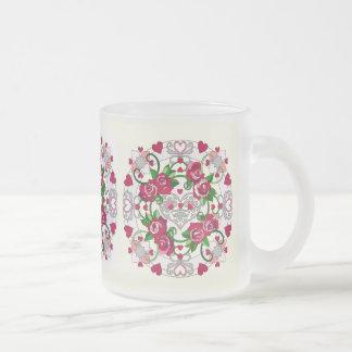 ハート及びバラのコーヒー・マグ フロストグラスマグカップ