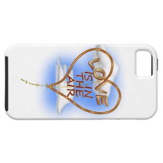 """ハート形の""""愛は空気にあります"""" iPhone SE/5/5s ケース"""