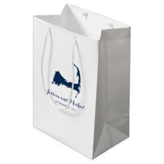 ハート|のゲストのバッグが付いているFalmouthのケープコッドの地図 ミディアムペーパーバッグ