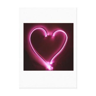 ハート。 愛。 ピンク。 軽い絵画。 バレンタイン キャンバスプリント