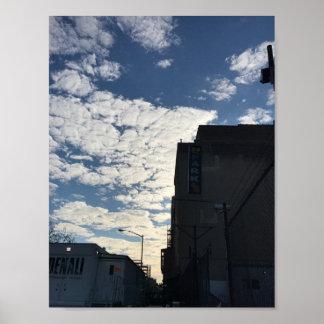 ハーレムの空のニューヨークシティの曇った写真撮影NYC ポスター