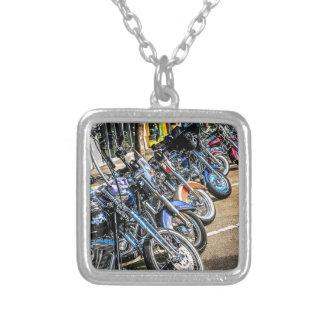 ハーレーデイヴィッドソンのオートバイ シルバープレートネックレス