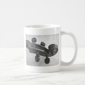 バイオリン奏者または先生のためのバイオリンスクロールコーヒー・マグ コーヒーマグカップ
