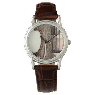 バイオリン、ビオラ、チェロか。 腕時計