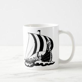 バイキングの船 コーヒーマグカップ