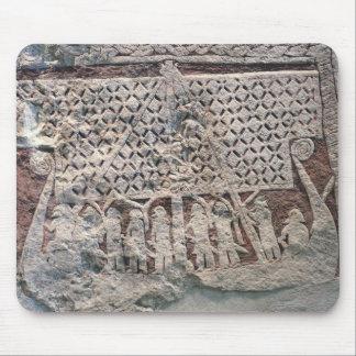 バイキングを描写する写真の石の詳細 マウスパッド