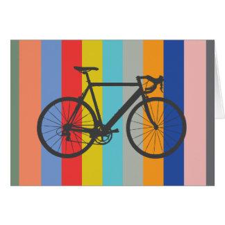 バイクのストライプのな多色刷りの虹 カード