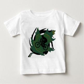 バイクの緑の葉 ベビーTシャツ