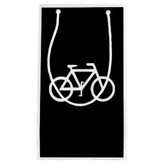 バイクの自転車のサイクリストのバイクもしくは自転車に乗る人 スモールペーパーバッグ