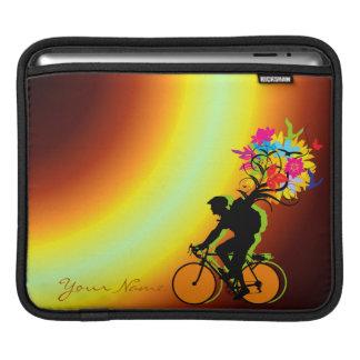 バイクもしくは自転車に乗る人の自然のパック1のiPadの袖 iPadスリーブ