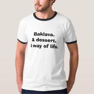 バクラヴァ。 デザート。 生き方 Tシャツ