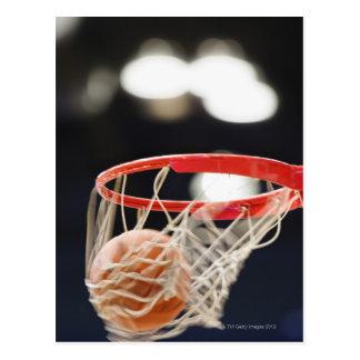 バスケットのバスケットボール ポストカード
