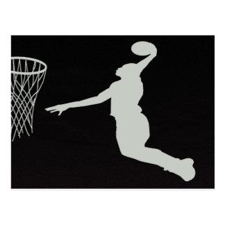 バスケットボールのスポーツチーム裁判所プレーヤーのコーチは跳びます ポストカード