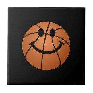 バスケットボールのスマイリーフェイス タイル