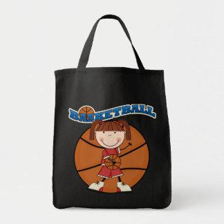 バスケットボールのブルネットの女の子のTシャツおよびギフト トートバッグ