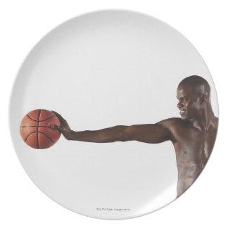 バスケットボールを保持している人 プレート