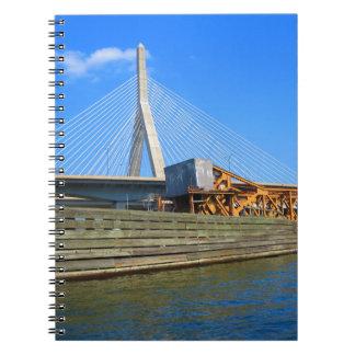 バス旅行からのボストン都市米国アメリカ橋眺め ノートブック