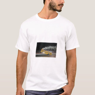 バスwheelie tシャツ