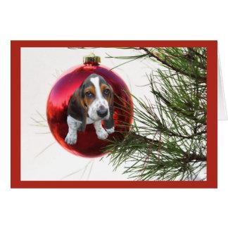 バセットハウンドのクリスマスカードの球のつるすこと カード