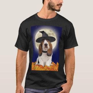 バセットハウンドのハロウィンのTシャツ Tシャツ