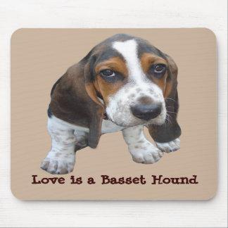 バセットハウンドの子犬のマウスパッド マウスパッド