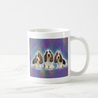 バセットハウンドの子犬 コーヒーマグカップ