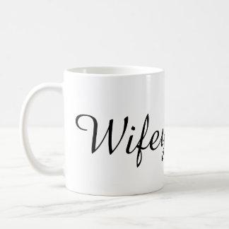 バチェロレッテのシャワーのギフトがあるWifeyの花嫁 コーヒーマグカップ