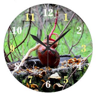 バックアイズの木の芽の円形の柱時計 ラージ壁時計