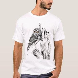 バッタのワイシャツを持つフクロウ Tシャツ