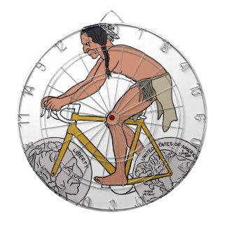 バッファローの頭部の硬貨の車輪が付いているバイクのネイティブアメリカン ダーツボード