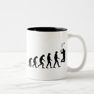 バドミントンの進化 ツートーンマグカップ