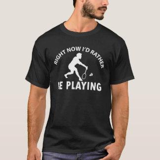 バドミントンを遊ぶこと Tシャツ