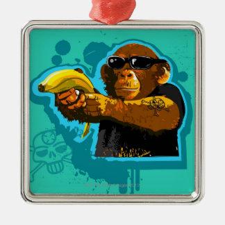 バナナを握っているチンパンジー メタルオーナメント