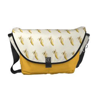 バナナパターン-カスタムなメッセンジャーバッグ(ライト) メッセンジャーバッグ